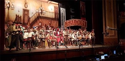 Foto del coro Al este de Cádiz